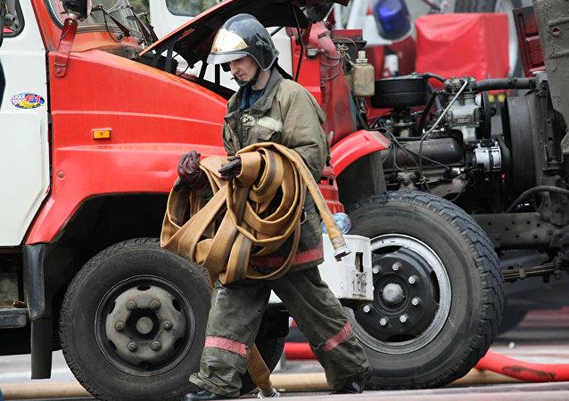 俄紧急情况部:奥伦堡州首府一住宅楼起火造成7人死亡
