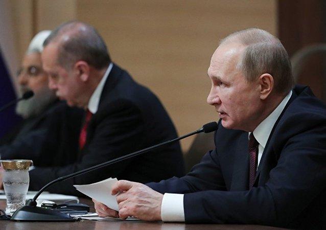 普京:俄土伊商定在敘利亞問題上擴大協作