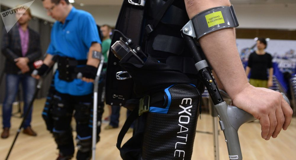 俄科學家正在開發一種能捕捉肌肉信號的外骨骼