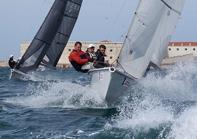 符拉迪沃斯托克将举行帆船赛和游艇展