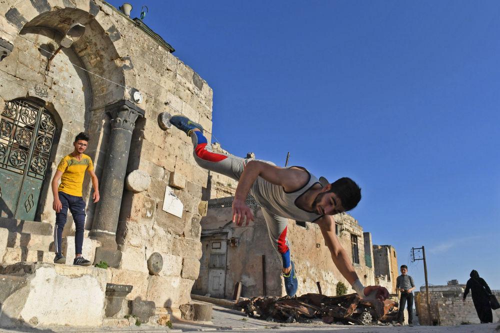 敘利亞阿勒頗街頭跑酷