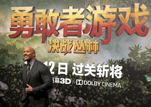 中國電影發行進款首次超過北美票房成績。年終突破是否值得期許?