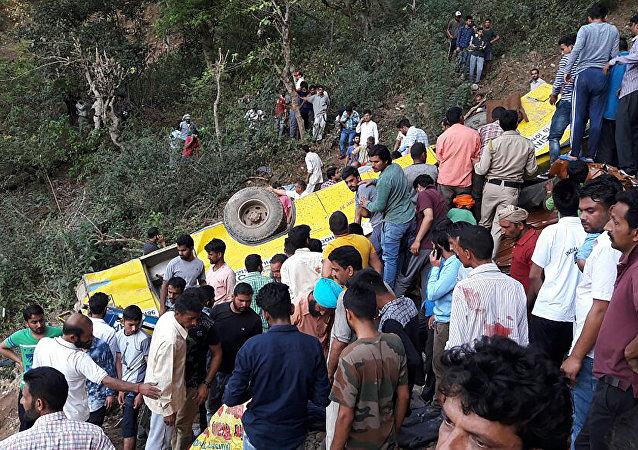 印度交通事故導致26名小學生死亡