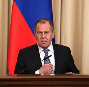 俄外长:美英法袭击叙不会没有后果