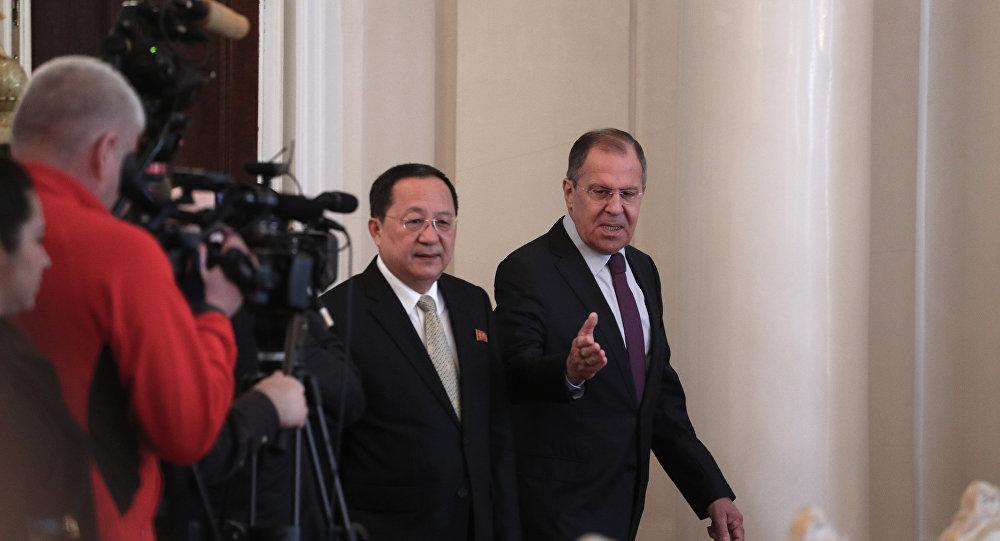 俄朝同意在联合国指定的框架内互动