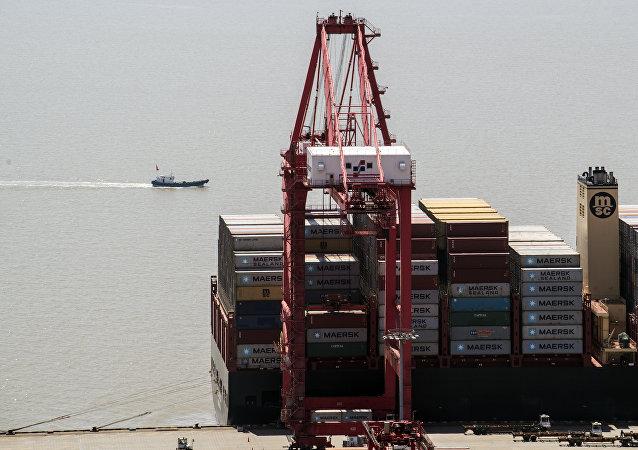 俄经发部副部长:中美贸易战的螺旋上升将对俄造成压力