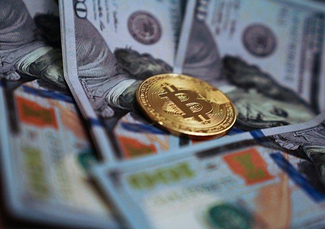 比特币价格涨破3.4万美元