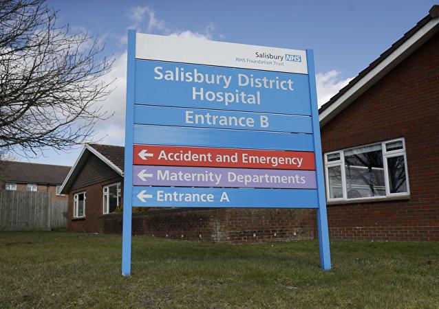 俄大使馆称,索尔兹伯里的医院从未直接证实斯克里帕利有化学中毒症状以及对此症状进行过医治