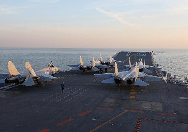俄专家:两艘航母让中国成为名副其实的航母大国