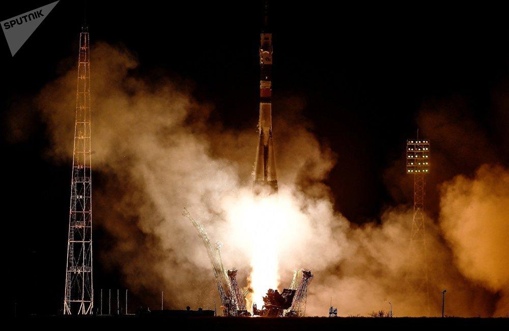 按计划,2022年 联盟-5型新火箭将从拜科努尔发射场升空,向国际空间站发射宇航员,也为商业目的进行先导发射。