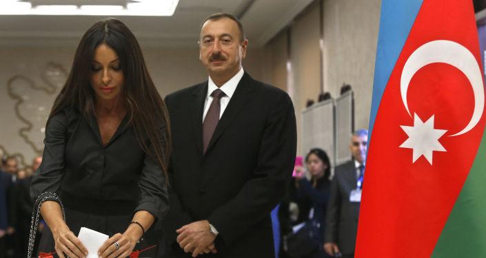 阿塞拜疆执政党推举的候选人阿利耶夫赢得总统大选胜利