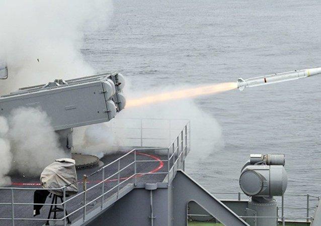 美国将划拨20亿美元研发制导武器