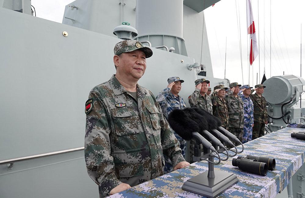 習近平在出席南海海域海上閱兵時強調 深入貫徹新時代黨的強軍思想 把人民海軍全面建成世界一流海軍
