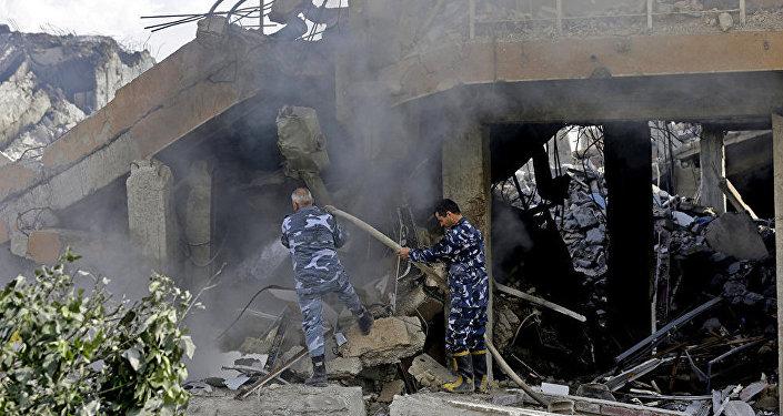 美國、英國和法國4月14日早上打擊了敘利亞政府設施