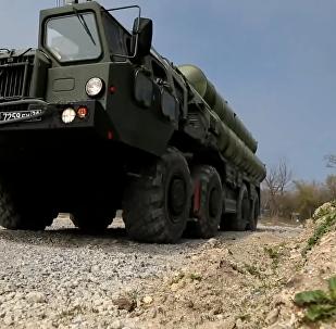 俄羅斯在防空演習期間舉行S-400防空導彈系統部署演練