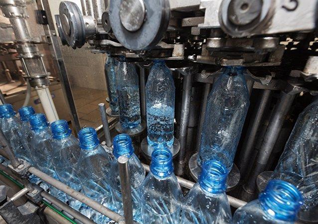 俄罗斯堪察加将于年内开始对华出口瓶装天然自流水