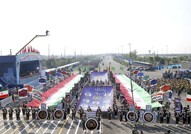 伊朗4月18日在建軍節閱兵儀式