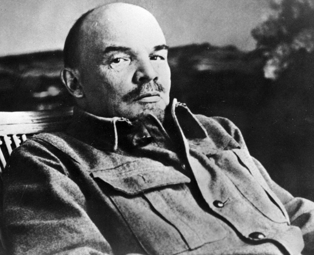 列宁在戈尔基庄园办公室,1922年