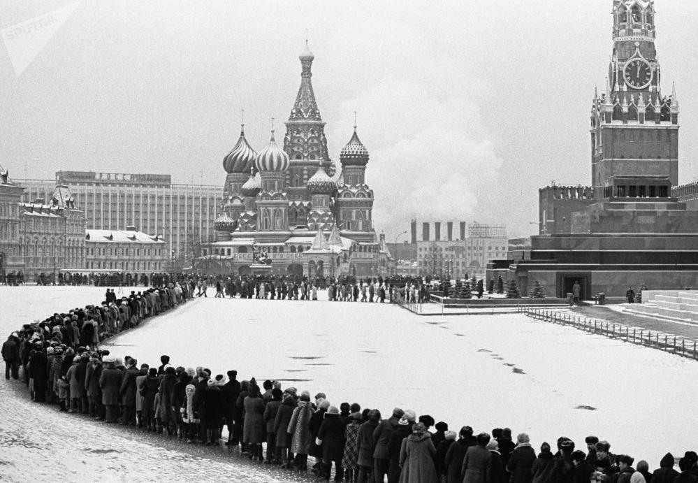 排隊參觀列寧墓的人