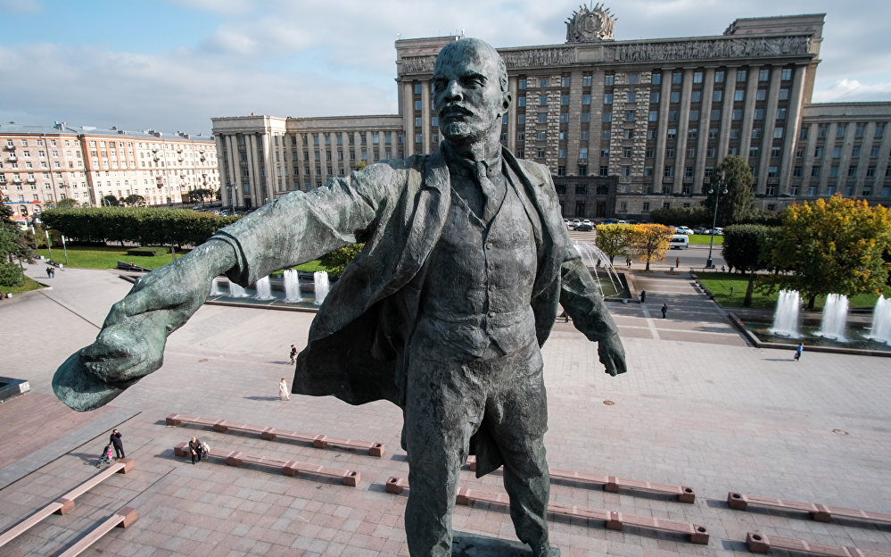 聖彼得堡的列寧紀念碑