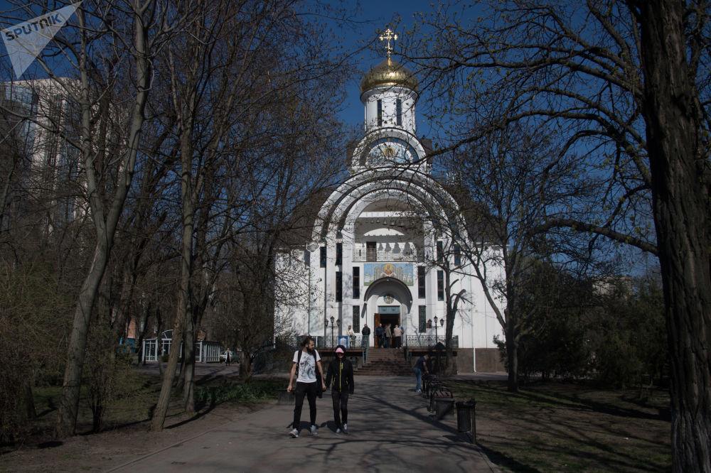 顿河畔罗斯托夫圣母帡幪教堂
