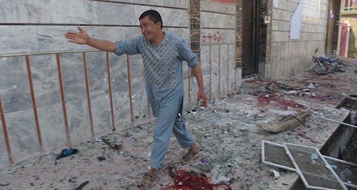 阿富汗首都选民登记中心发生爆炸 致7人死亡、56人受伤