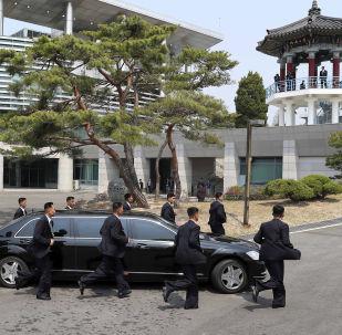金正恩:朝鮮交通不太好