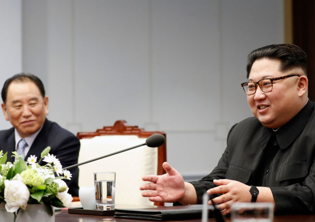克宫表示,俄总统普京与朝鲜领导人金正恩或举行会晤,正在讨论会晤时间