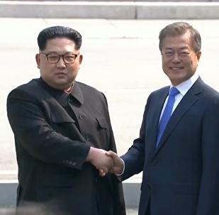 朝韩领导人举行首轮会谈