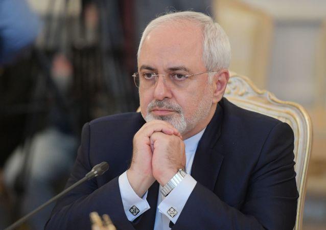 伊朗外长:德黑兰不会重新考虑或修改核协议