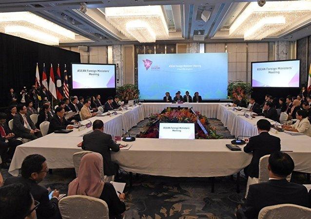 中國國防部:中國軍隊代表團出席第15屆東盟地區論壇安全政策會