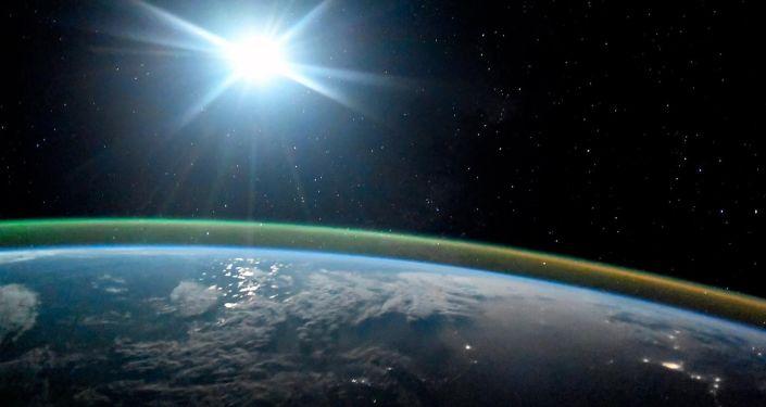 专家将美国宇航局的系统和俄罗斯太空检测系统作了比较