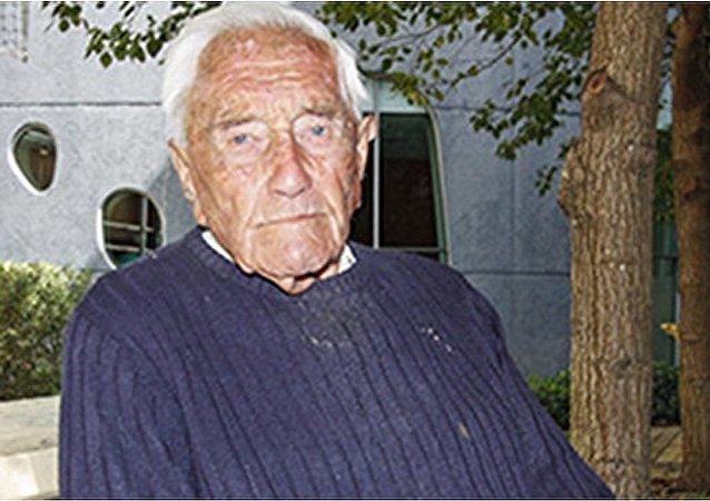 澳大利亚最年老学者将前往瑞士寻求安乐死