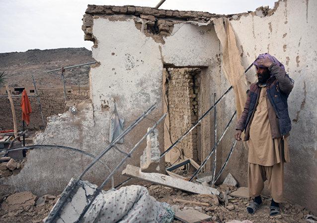 阿富汗南部遭火箭弹袭击造成四名女性死亡