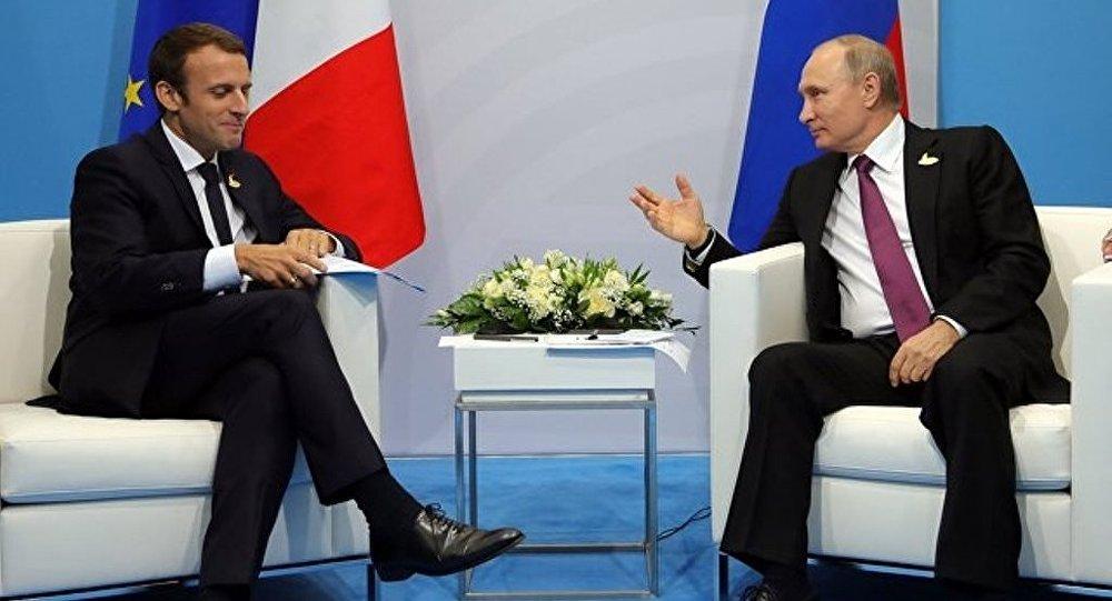 普京和马克龙确认了履行《明斯克协议》的重要性
