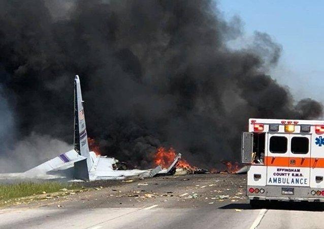 美国C-130飞机失事