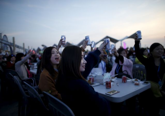 世界杯临近 中国5月啤酒销量翻番