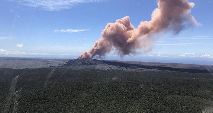 在夏威夷的基拉韦厄火山爆发