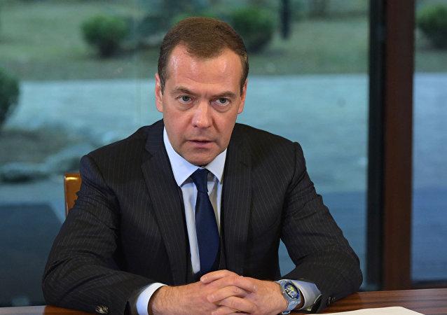 俄总理:美国利用经济制裁试图与俄进行不正当竞争