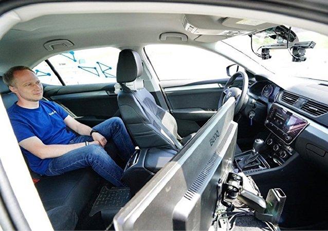 俄總理:俄羅斯2018年將進行無人駕駛汽車技術測試