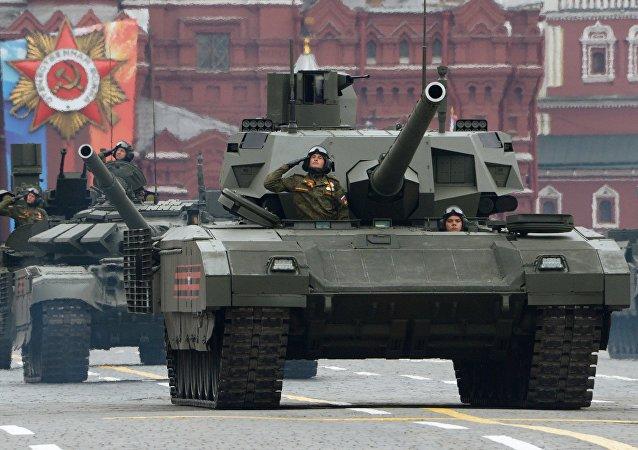 """用于""""阿玛塔""""坦克和其它坦克的履带是如何制造出来的?(视频)"""