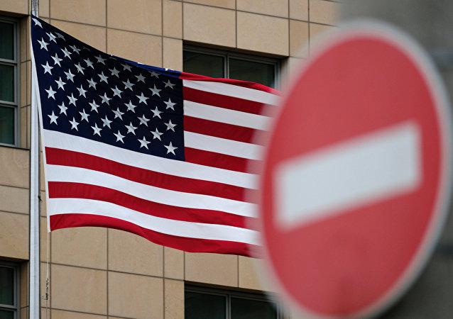"""《华尔街日报》:美国制裁给俄经济带来""""意外增长"""""""
