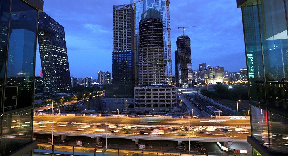 中國政府選擇增長還是穩定?