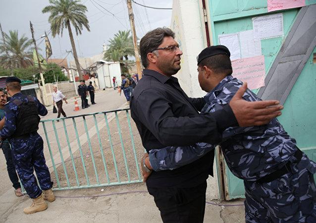 伊拉克议员:伊拉克强力人员阻止投票站恐怖袭击