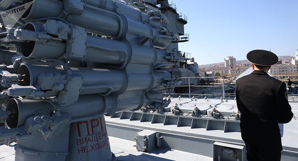 普京称将在地中海部署口径巡航导弹