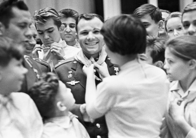 """加加林的微笑:冷战时期苏联的""""软实力"""""""