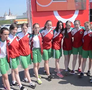 世界杯揭幕戰將首次由女生開球