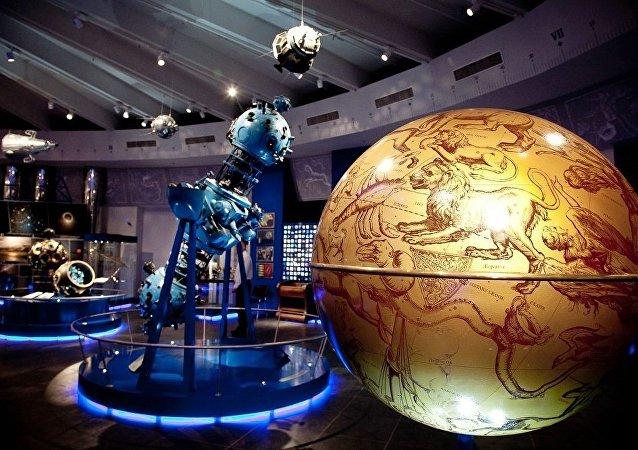 莫斯科天文馆开启浪漫约会季