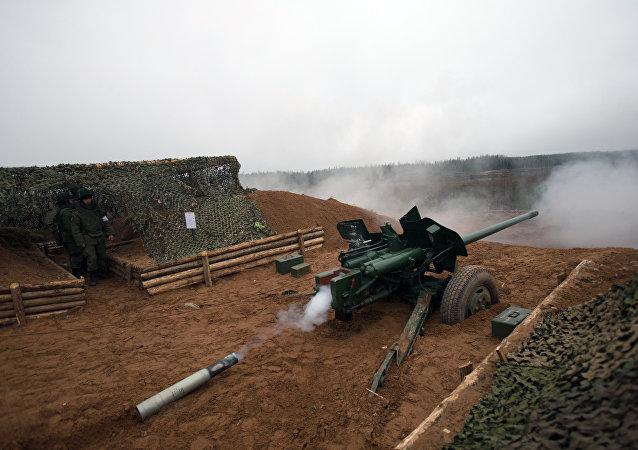 """МТ-12 """"轻剑""""100毫米反坦克炮"""