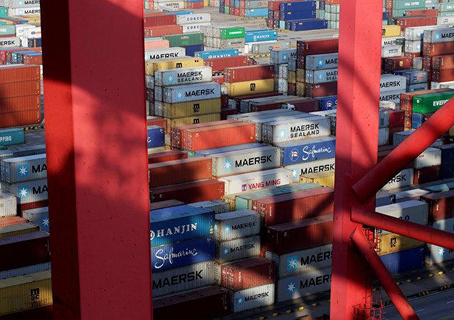 贸易保护主义愈演愈烈对全球治理体系构成巨大冲击